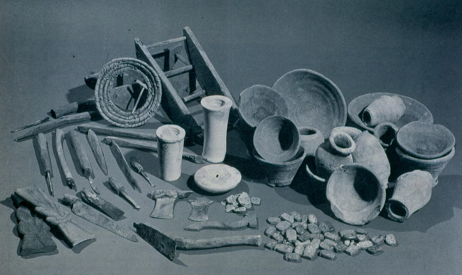 Objects from the foundation deposit discovered by Carter in 1915 at the entrance to the tomb of Amenhetep II.