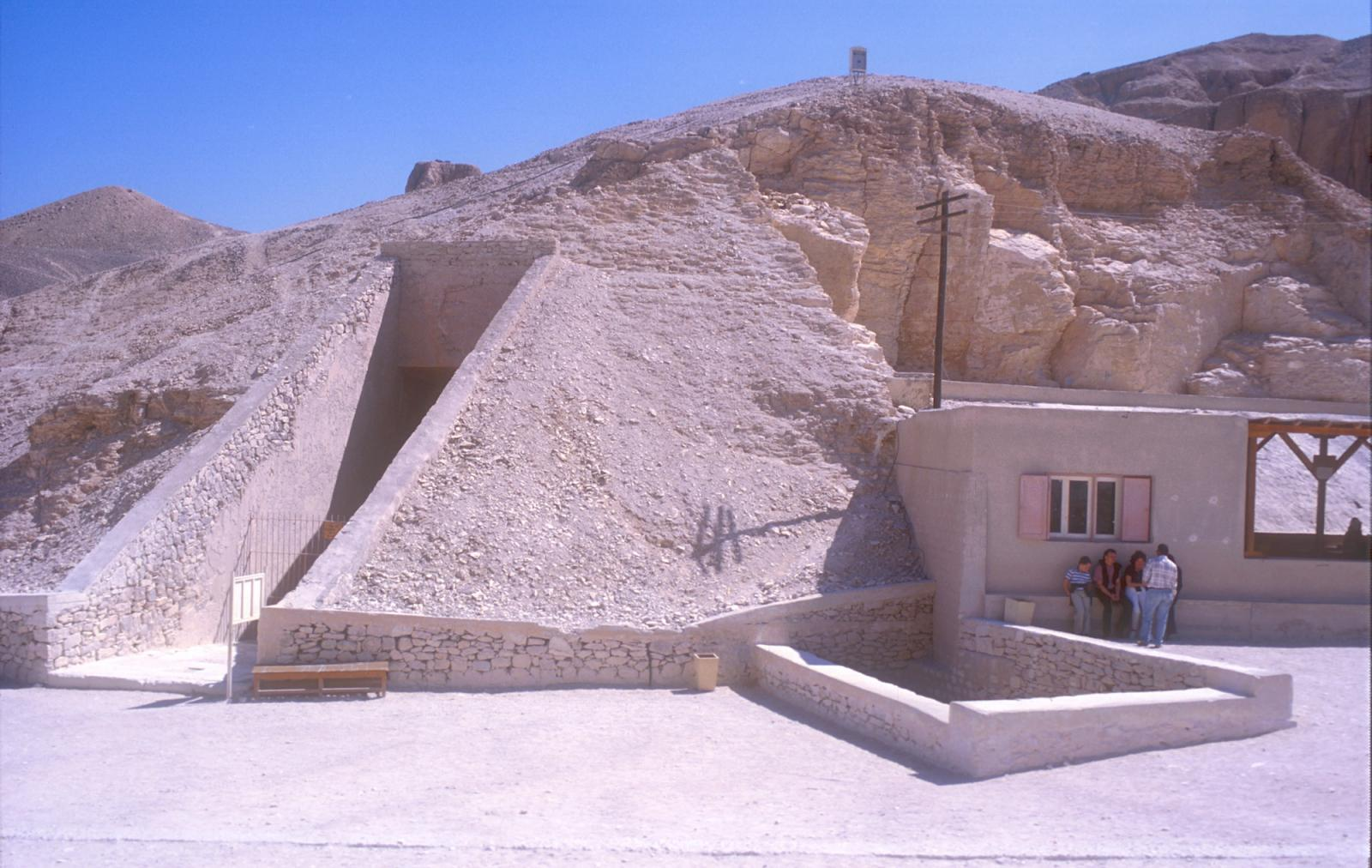 Tomb entrances and inspector's office.
