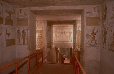 Representations of statues of king and gods; Ptah enshrined; Sety II offering to Osiris. Right wall.
